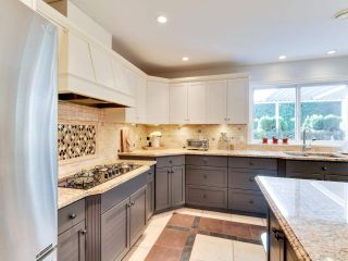 """Photo 5: 20648 91B Avenue in Langley: Walnut Grove House for sale in """"GREENWOOD ESTATES"""" : MLS®# R2323442"""