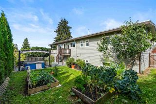 Photo 32: 18130 58A Avenue in Surrey: Cloverdale BC House for sale (Cloverdale)  : MLS®# R2501830
