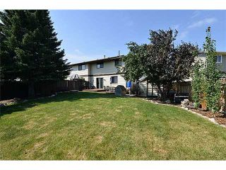 Photo 2: 120 ABOYNE Place NE in CALGARY: Abbeydale Residential Attached for sale (Calgary)  : MLS®# C3629210