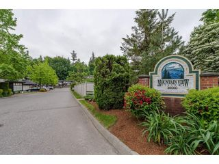"""Photo 2: 16 36060 OLD YALE Road in Abbotsford: Abbotsford East Townhouse for sale in """"Mountain View Village"""" : MLS®# R2269722"""