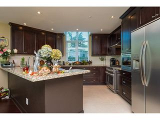"""Photo 8: 104 14824 NORTH BLUFF Road: White Rock Condo for sale in """"The BELAIRE"""" (South Surrey White Rock)  : MLS®# R2230178"""