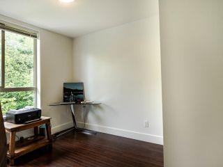 "Photo 6: 404 7418 BYRNEPARK Walk in Burnaby: South Slope Condo for sale in ""GREEN"" (Burnaby South)  : MLS®# R2466553"