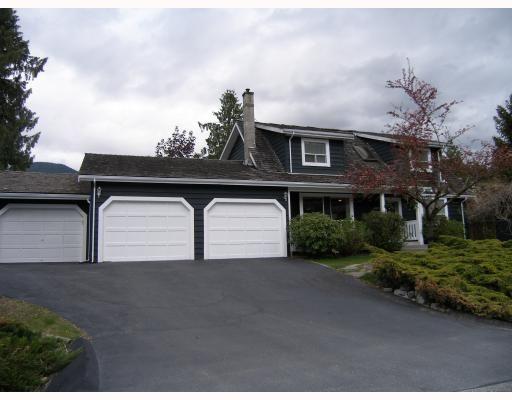 "Main Photo: 40710 N HIGHLANDS Way in Squamish: Garibaldi Highlands House for sale in ""GARIBALDI HIGHLANDS"" : MLS®# V766627"