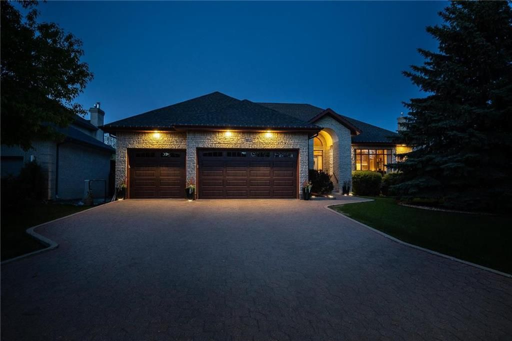 Main Photo: 103 River Pointe Drive in Winnipeg: River Pointe Residential for sale (2C)  : MLS®# 202122746