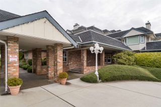 Photo 3: 105 13965 16 Avenue in Surrey: Sunnyside Park Surrey Condo for sale (South Surrey White Rock)  : MLS®# R2312080