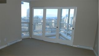 """Photo 7: 2210 833 SEYMOUR Street in Vancouver: Downtown VW Condo for sale in """"Capitol Residences"""" (Vancouver West)  : MLS®# V1056277"""