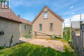 Photo 5: 154 CARLTON Street in St. Catharines: House for sale : MLS®# 40116173