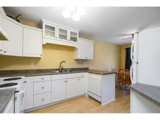 """Photo 3: 104 46451 MAPLE Avenue in Chilliwack: Chilliwack E Young-Yale Townhouse for sale in """"The Fairlane"""" : MLS®# R2623368"""