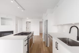 """Photo 8: 1406 1723 ALBERNI Street in Vancouver: West End VW Condo for sale in """"The Park"""" (Vancouver West)  : MLS®# R2625151"""