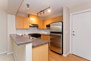 """Photo 9: 217 9339 UNIVERSITY Crescent in Burnaby: Simon Fraser Univer. Condo for sale in """"HARMONY AT THE HIGHLANDS"""" (Burnaby North)  : MLS®# V1007101"""