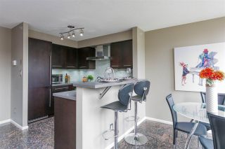 "Photo 5: 806 1238 RICHARDS Street in Vancouver: Yaletown Condo for sale in ""Metropolis"" (Vancouver West)  : MLS®# R2151937"