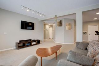 Photo 29: 18 Sienna Park Place SW in Calgary: Signal Hill Residential for sale : MLS®# A1066770