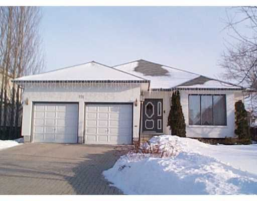 Main Photo: 151 QUEEN'S PARK Crescent in WINNIPEG: River Heights / Tuxedo / Linden Woods Single Family Detached for sale (South Winnipeg)  : MLS®# 2202762