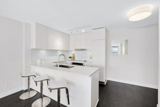 """Photo 6: 1109 668 COLUMBIA Street in New Westminster: Quay Condo for sale in """"Trapp + Holbrook"""" : MLS®# R2591740"""
