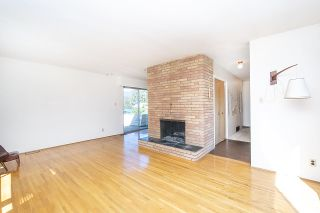 Photo 3: 2915 JONES Avenue in North Vancouver: Upper Lonsdale House for sale : MLS®# R2351177