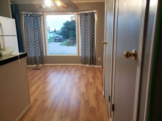 Photo 6: 5202 56 Street: Elk Point Manufactured Home for sale : MLS®# E4233132