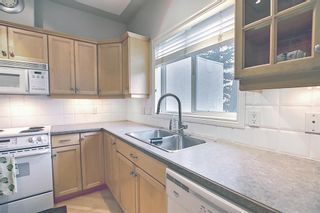 Photo 16: 11 Sierra Morena Landing SW in Calgary: Signal Hill Semi Detached for sale : MLS®# A1116826