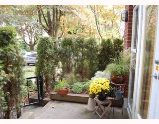 """Photo 8: 103 980 W 22ND Avenue in Vancouver: Cambie Condo for sale in """"SIMON LOFTS"""" (Vancouver West)  : MLS®# V785573"""