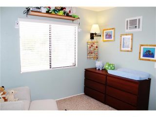 Photo 9: PACIFIC BEACH Townhouse for sale : 3 bedrooms : 4257 Gresham Street in San Diego