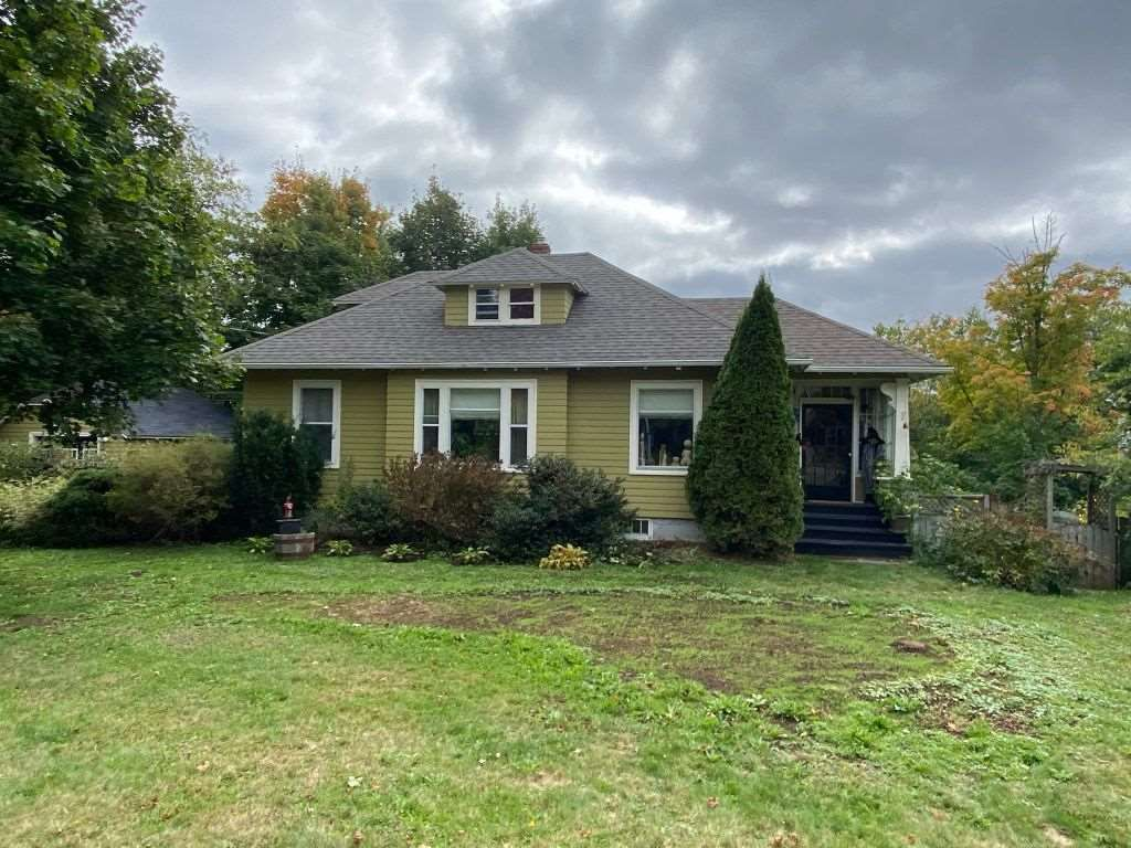 Main Photo: 2562 Highway 1 in Aylesford: 404-Kings County Residential for sale (Annapolis Valley)  : MLS®# 202020527
