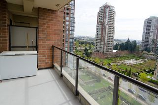 Photo 21: 1201 6823 STATION HILL Drive in Burnaby: South Slope Condo for sale (Burnaby South)  : MLS®# V961615