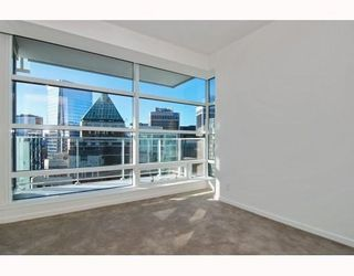 Photo 5: # 2906 1011 W CORDOVA ST in Vancouver: Condo for sale : MLS®# V811000
