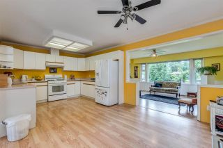 """Photo 10: 3872 ST. THOMAS Street in Port Coquitlam: Lincoln Park PQ House for sale in """"LINCOLN PARK"""" : MLS®# R2588413"""