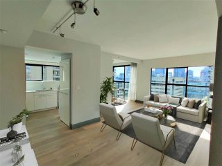 """Photo 3: 1703 909 BURRARD Street in Vancouver: West End VW Condo for sale in """"Vancouver Tower"""" (Vancouver West)  : MLS®# R2585643"""