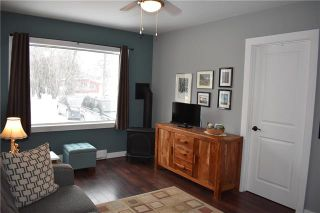 Photo 3: 43 2ND Avenue in Sandy Hook: RM of Gimli Residential for sale (R26)  : MLS®# 1905878