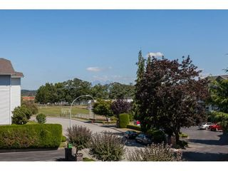 """Photo 12: 201 5375 205 Street in Langley: Langley City Condo for sale in """"Glenmont Park"""" : MLS®# R2482379"""