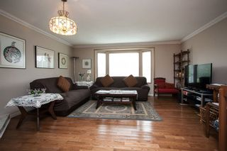 Photo 3: 16268 14 Avenue in Surrey: King George Corridor House for sale (South Surrey White Rock)  : MLS®# R2009127