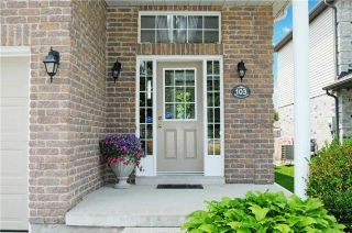 Photo 12: 103 Daiseyfield Avenue in Clarington: Courtice House (Backsplit 4) for sale : MLS®# E3256555