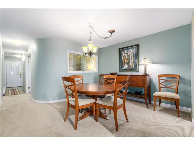 """Photo 5: Photos: 214 2250 SE MARINE Drive in Vancouver: Fraserview VE Condo for sale in """"WATERSIDE"""" (Vancouver East)  : MLS®# V1103977"""