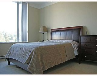 """Photo 6: 702 4759 VALLEY Drive in Vancouver: Quilchena Condo for sale in """"Marguerite House II"""" (Vancouver West)  : MLS®# V781306"""