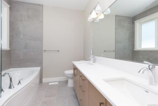 Photo 15: 2136 Champions Way in : La Bear Mountain House for sale (Langford)  : MLS®# 863691