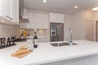 """Photo 4: 406 22087 49 Avenue in Langley: Murrayville Condo for sale in """"Belmont"""" : MLS®# R2367757"""