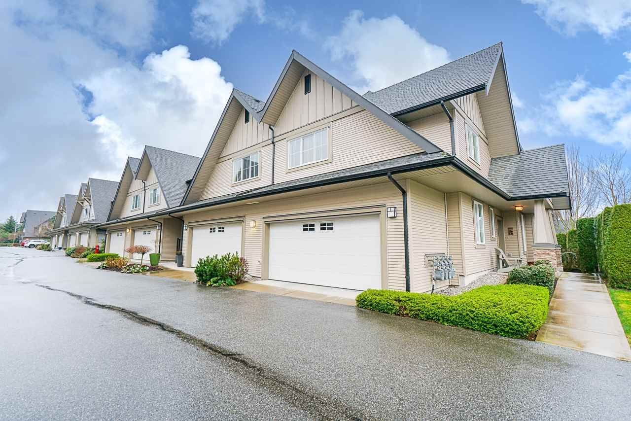 """Main Photo: 64 2501 161A Street in Surrey: Grandview Surrey Townhouse for sale in """"HIGHLAND PARK"""" (South Surrey White Rock)  : MLS®# R2554054"""