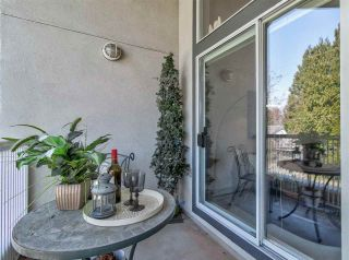 """Photo 11: 311 15272 20 Avenue in Surrey: King George Corridor Condo for sale in """"Windsor Court"""" (South Surrey White Rock)  : MLS®# R2582826"""