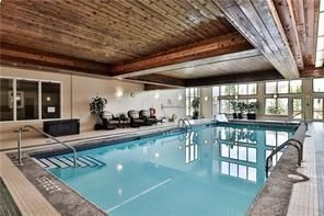 Photo 19: 117 6868 Sierra Morena Boulevard SW in Calgary: Signal Hill Apartment for sale : MLS®# A1122114