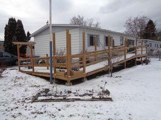 Photo 2: 26-159 ZIRNHELT ROAD in KAMLOOPS: HEFFLEY Manufactured Home for sale : MLS®# 160237