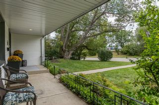 Photo 2: 64 Rosevale Drive NW in Calgary: Rosemont Detached for sale : MLS®# A1141309