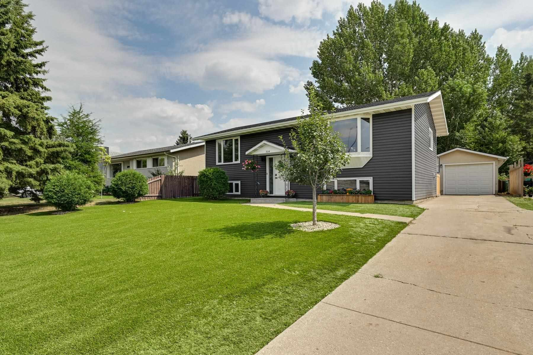 Main Photo: 204 GEORGIAN Way: Sherwood Park House for sale : MLS®# E4257975