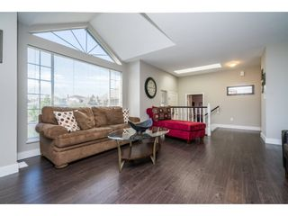 """Photo 3: 6132 185A Street in Surrey: Cloverdale BC House for sale in """"Eagle Crest"""" (Cloverdale)  : MLS®# R2204506"""