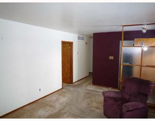 Photo 4: 1611 PRITCHARD Avenue in WINNIPEG: North End Residential for sale (North West Winnipeg)  : MLS®# 2900269