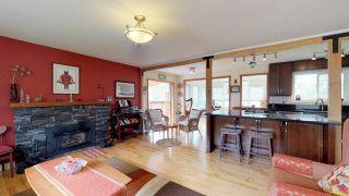 """Photo 3: 2111 RIDGEWAY Crescent in Squamish: Garibaldi Estates House for sale in """"Garibaldi Estates"""" : MLS®# R2258821"""