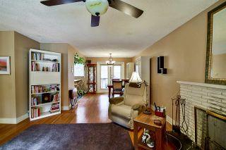 "Photo 3: 10969 86A Avenue in Delta: Nordel House for sale in ""Nordel"" (N. Delta)  : MLS®# R2135057"