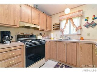 Photo 4: 63 2911 Sooke Lake Rd in VICTORIA: La Goldstream Manufactured Home for sale (Langford)  : MLS®# 700873