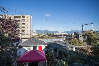 Photo 26: 637 E PENDER Street in Vancouver: Strathcona 1/2 Duplex for sale (Vancouver East)  : MLS®# R2512488