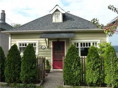 FEATURED LISTING: 515 SALSBURY Drive Vancouver East