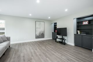 "Photo 11: 5500 WALLACE Avenue in Delta: Pebble Hill House for sale in ""Pebble Hill"" (Tsawwassen)  : MLS®# R2624650"